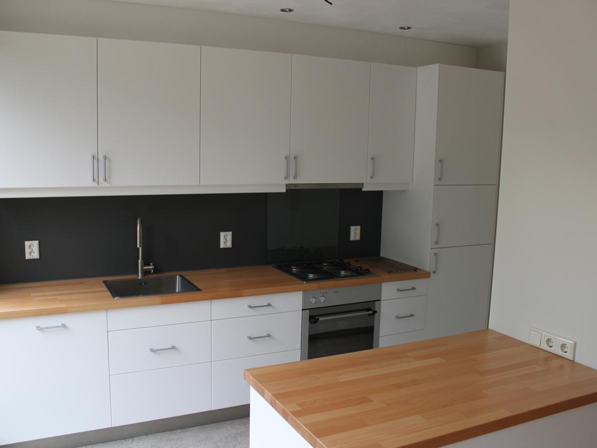 Harrie schouten vormgeving - Keuken wit en groen ...
